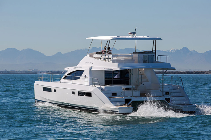 Why choose a yacht charter vacation? | Caribbean Charter